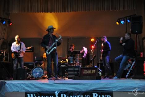 Die Walker Daniels Band auf der Bühne der Centralhalle Gaschwitz